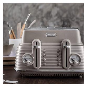 Delonghi CTZS4003BG SCOLPITO 4 Slice Toaster Beige