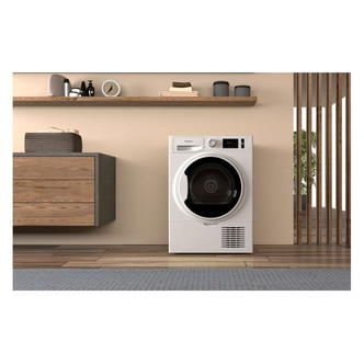 Hotpoint H3D81WBUK 8kg Condenser Tumble Dryer in White B Rated