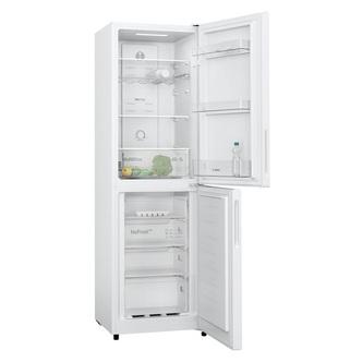 Bosch KGN27NWFAG Frost Free Fridge Freezer in White 1 82m F Rated