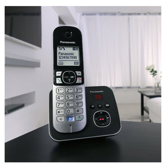 Panasonic KX TG6824EB Quad Phone with Answer Machine
