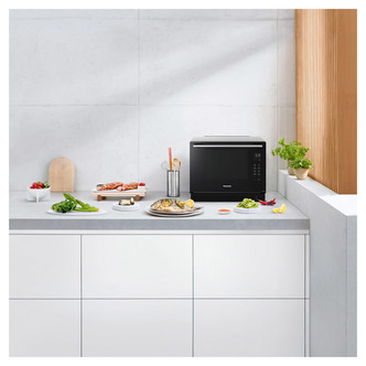 Panasonic NN CF87LBBPQ Flatbed Combination Microwave Oven in Black 31